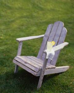 イスに腰掛けて瞑想してみましょう