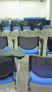 人と係わる会議室