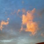 夕焼け色に染まった雲が美し~!