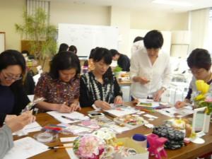 同セミナー・東京での様子  みなさん集中して作成中です
